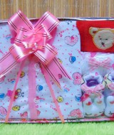 FREE KARTU UCAPAN Kado Lahiran Paket Kado Bayi Newborn Baby Gift Box Full Package Sock White Pink