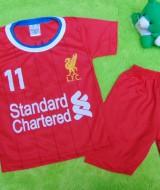 Setelan Baju Bola Bayi 0-12bulan LFC Liverpool Merah 25 lebar dada 25cm,panjang baju 35cm,panjang celana 27cm,bikin dedek bayi makin kece