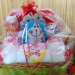 paket kado bayi baby gift parcel bayi parcel kado bayi kado lahiran doraemon merah