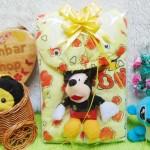 FREE KARTU UCAPAN paket kado lahiran bayi baby gift set box jaket plus boneka motif baby cow kuning