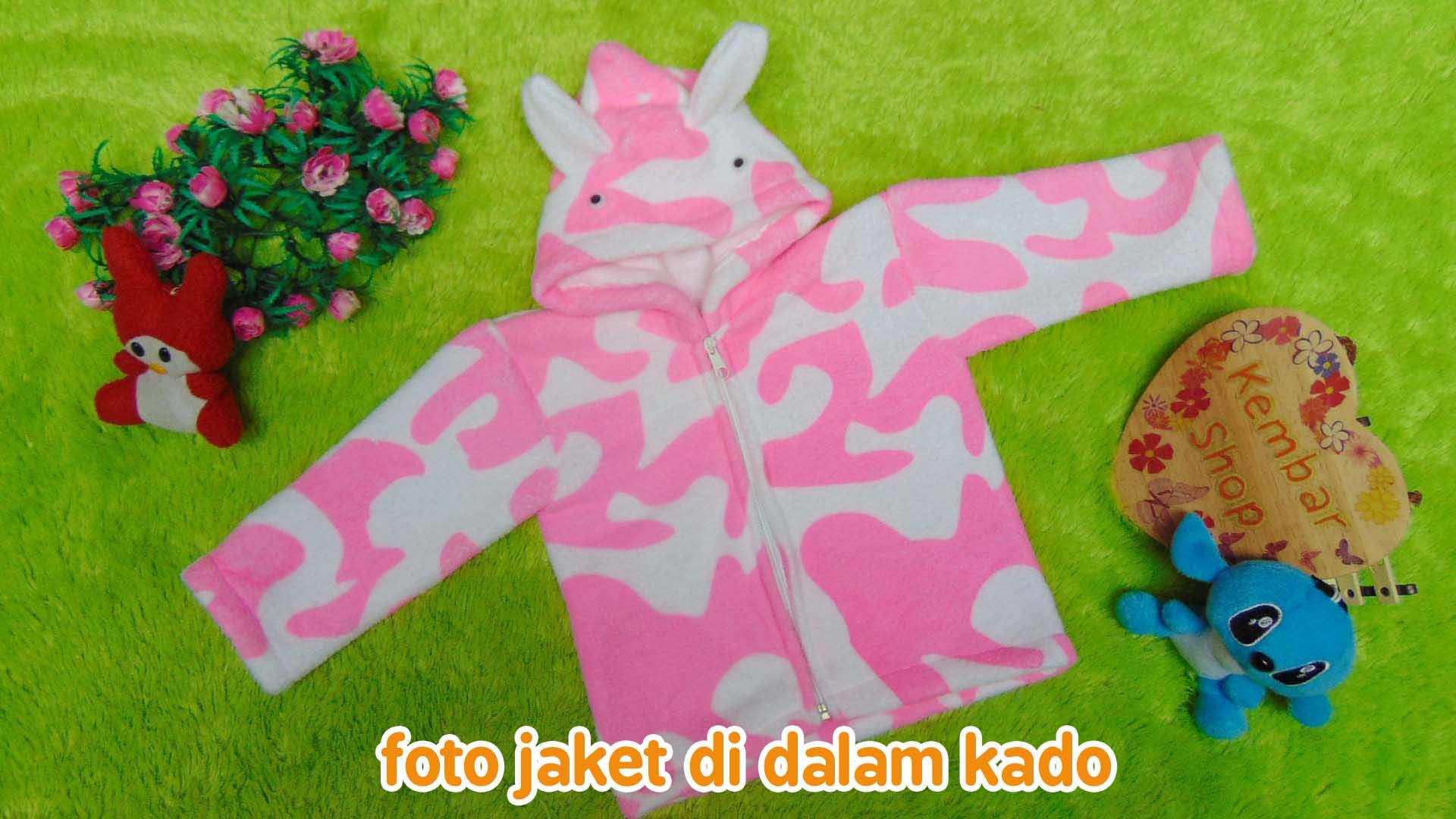 FREE KARTU UCAPAN paket kado lahiran bayi baby gift set box jaket plus boneka motif doreng pink (2)