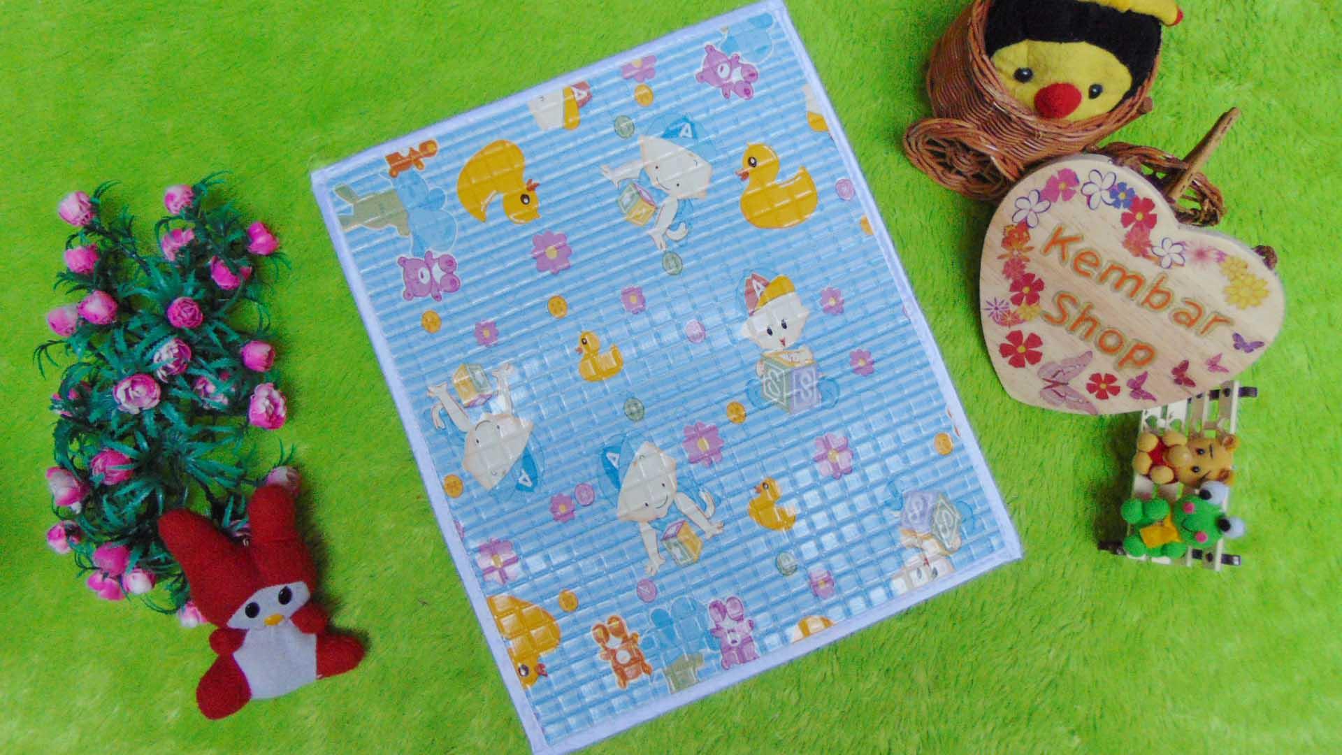 Perlak Gendong Bayi Portable Alas Ompol Baby motif baby warna biru