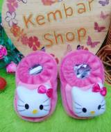 foto utama kado bayi baby gift set sepatu prewalker alas kaki newborn 0-6bulan lembut motif hello kitty pink (3)