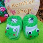 foto utama - kado bayi baby gift set sepatu prewalker alas kaki newborn 0-6bulan lembut motif keroppi (3)