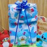 paket kado lahiran bayi baby gift set box jaket plus boneka motif doreng biru (2)