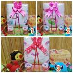 Foto utama FREE KARTU UCAPAN Kado Lahiran Paket Kado Bayi Baby Gift Box Selimut Carter Plus Baby Sock GIRL copy
