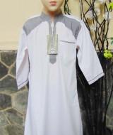 Gamis anak laki-laki jubah muslim putih 7-8th 70 lebar dada 37,5cm panjang 80cm, usia hanya estimasi silahkan dicocokkan dengan anaknya mom