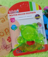 Gigitan bayi reliable water filled teether beuang hijau