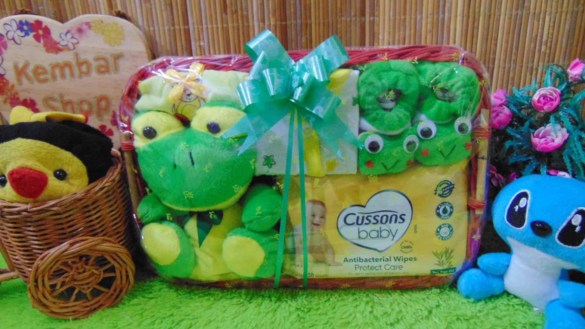 TERLARIS paket kado bayi baby gift parcel bayi parcel kado bayi kado lahiran Kotak little Spesial Karakter Disney Aneka Warna (2)
