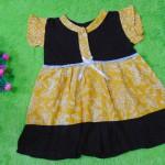 dress batik cewek baju batik bayi perempuan 0-12bulan pita lengan sayap motif kuning godhong 25,lebar dada 27cm ,panjang baju 44cm,bahan adem lembut, ada kancing hidup, cocok utk harian
