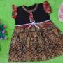 dress batik cewek baju batik bayi perempuan 0-12bulan pita lengan sayap motif tumpal kembang 25,lebar dada 30cm ,panjang baju 46cm,bahan adem lembut, ada kancing hidup, cocok utk harian