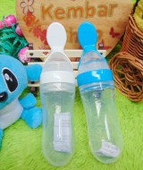 Botol Makan Bayi MPASI Sendok Makan Baby Squeeze Feeder Bottle