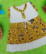 dress batik cewek baju batik bayi perempuan 0-6bulan pita lengan kutung motif mega mendung kuning 25 lebar dada 26cm , panjang baju 38cm, bahan adem lembut, ada kancing hidup, cocok utk harian