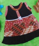 dress batik cewek baju batik bayi perempuan 0-6bulan pita lengan kutung motif parang campur 25 lebar dada 27cm , panjang baju 37cm, bahan adem lembut, ada kancing hidup, cocok utk harian