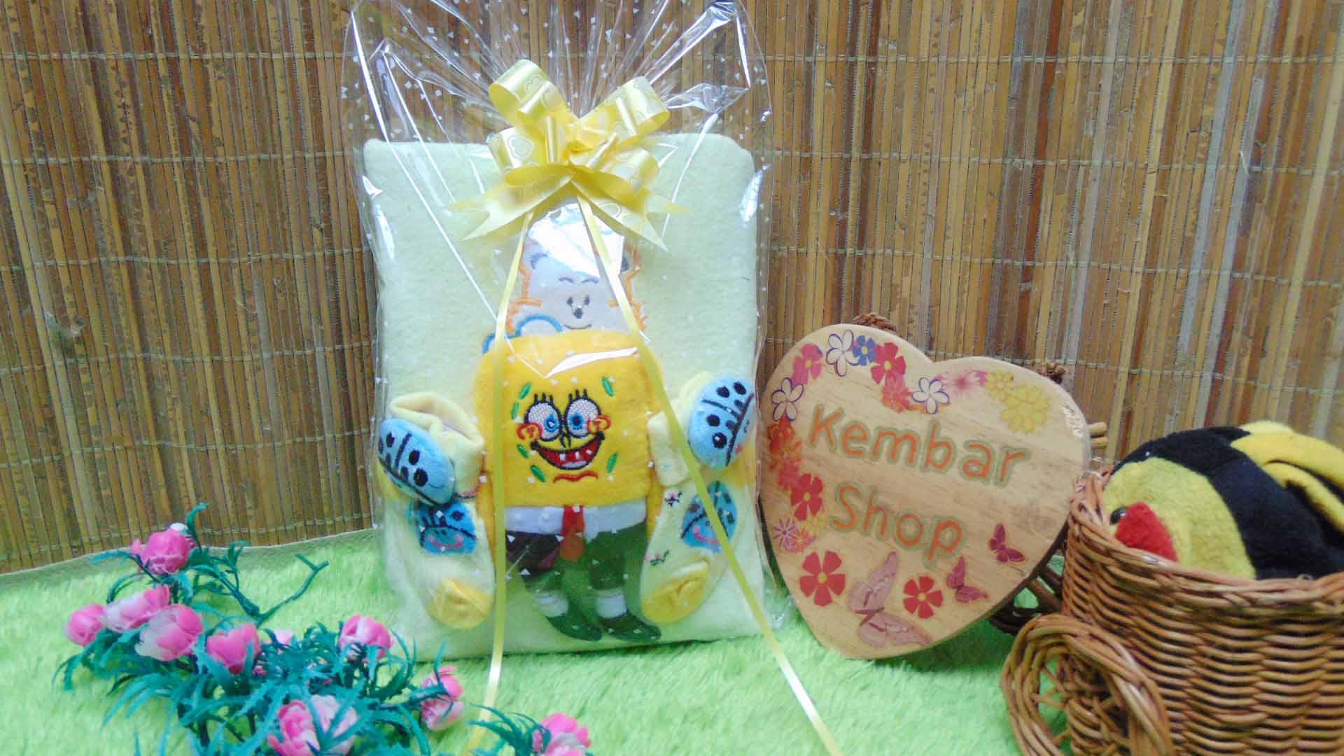 FREE KARTU UCAPAN hampers baby gift set paket kado lahiran souvenir bayi newborn HANDUK SOCK BONEKA kuning