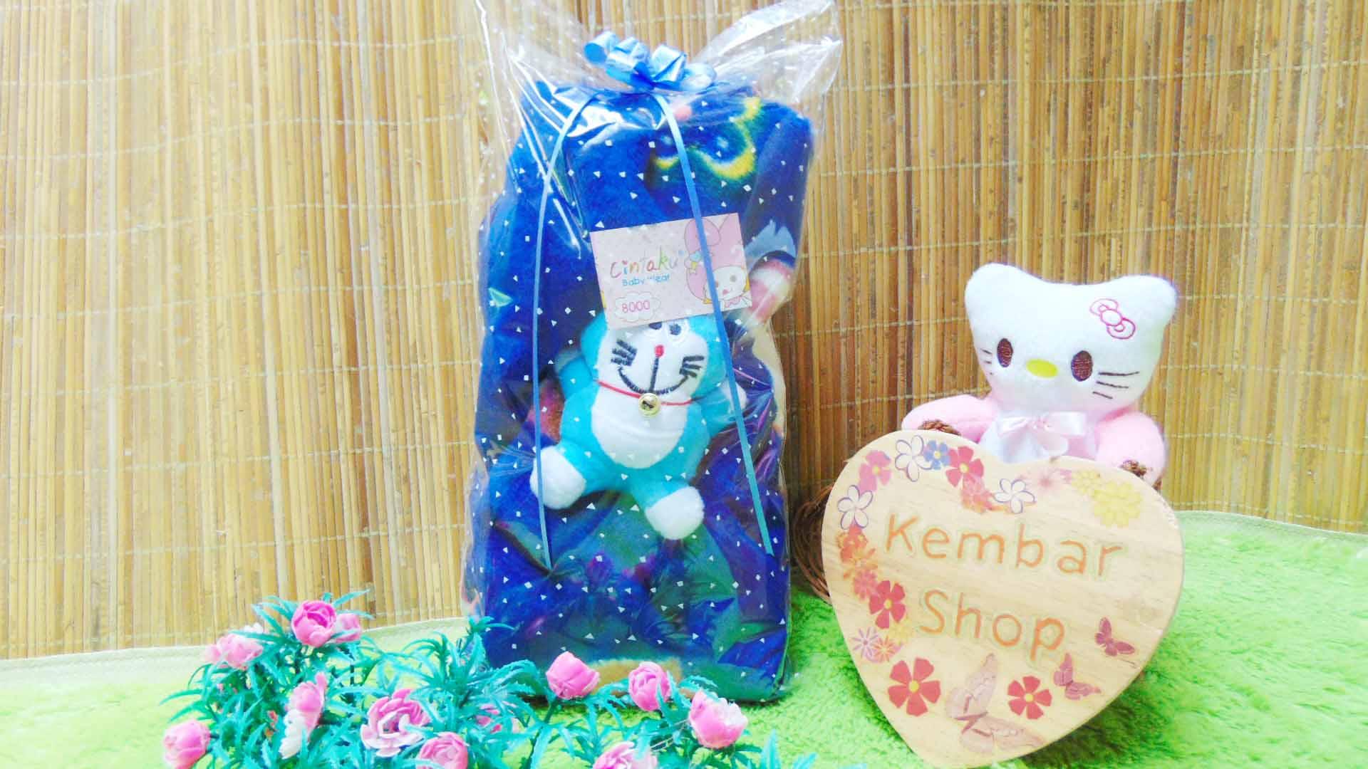 FREE KARTU UCAPAN kado bayi baby gift set selimut topi bayi bludru plus boneka (2)