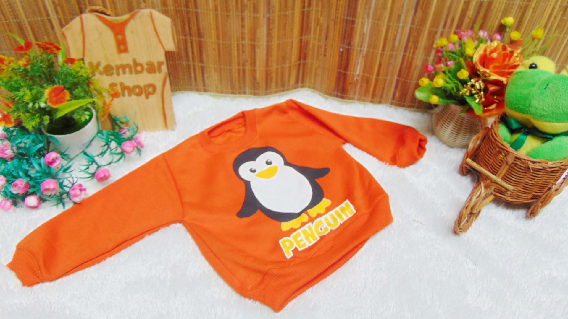 jaket baju hangat sweater kancing pundak bayi 0-2th motif penguin (3)