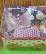 FREE KARTU UCAPAN Parcel Lebaran Paket Kado Bayi Sarkoci Warna Random uk M 1-2th (1)