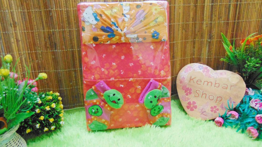 FREE KARTU UCAPAN TERMURAH COD Paket Kado Bayi Perempuan Baby Gift Set Girl Dress Sock Turban Random (5)