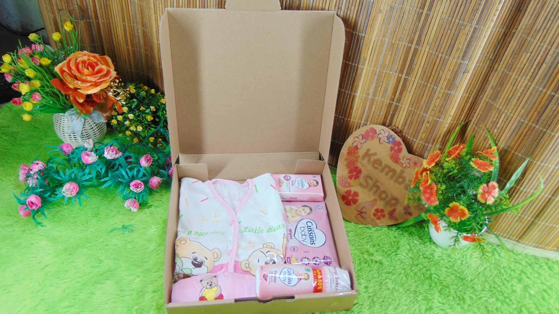 Hampers Kado Lahiran Bayi Newborn Simple Baby Gift FREE UCAPAN (1)