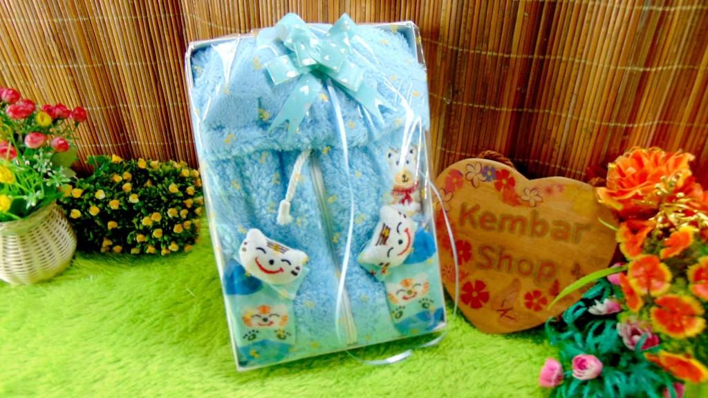 1 FREE KARTU UCAPAN paket kado lahiran bayi baby gift set box jaket plus sock ANEKA motif
