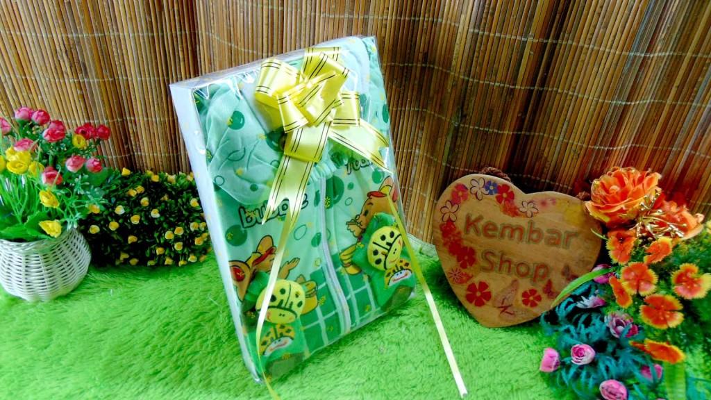 14 FREE KARTU UCAPAN paket kado lahiran bayi baby gift set box jaket plus sock ANEKA motif
