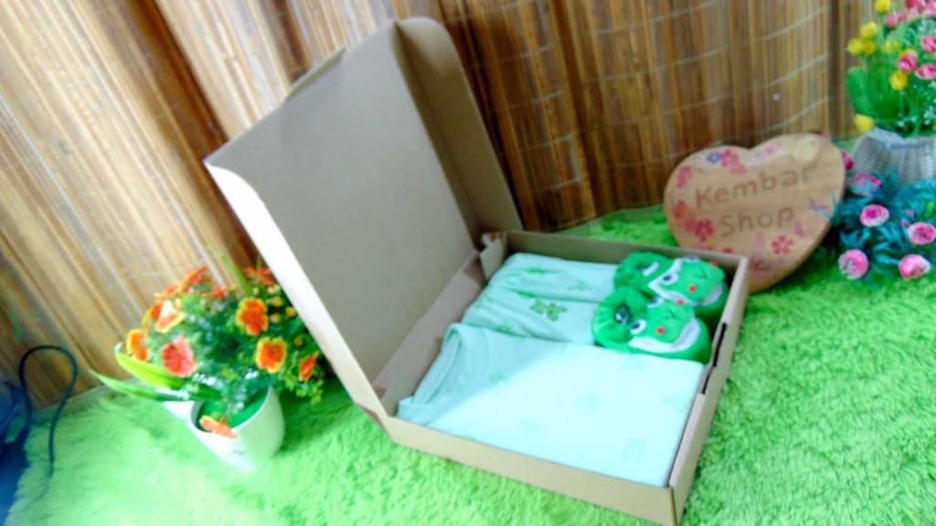 [LIMITED!] Hampers Baby Gift Kado lahiran bayi Newborn Setelan bayi FREE KARTU UCAPAN DAN KERTAS KADO (3)